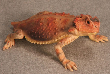 Short-Tailed Horned Lizard Hand-Painted Figurines - Click Image to Close